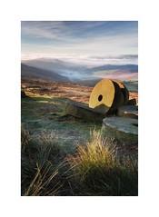 Stanage Mists (John Ormerod) Tags: landscape photography peakdistrict mist morning light scenic rural derbyshire nikon sunrise grass valley stanageedge