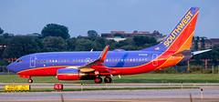 MSP N716SW (Moments In Flight) Tags: minneapolisstpaulinternationalairport msp kmsp mspairport swa southwestairlines boeing 737 7377h4 aviation airplane avgeek n716sw