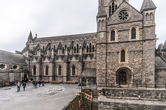 CHRIST CHURCH CATHEDRAL [ TODAY I USED A 15mm VOIGTLANDER LENS]-149902 (infomatique) Tags: christchurch churchofireland cathedral church norman historic religion dublin ireland streetsofdublin williammurphy infomatique fotonique excellentimages streetphotography sony voigtlander a7riii 15mmlens wideanglelens