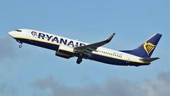 EI-FRN (AnDyMHoLdEn) Tags: ryanair 737 egcc airport manchester manchesterairport 23r
