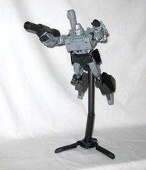 megatron transformers masterpiece mp 36 takara tomy 2017 36 (tjparkside) Tags: megatron transformers g1 series 1 1984 hasbro masterpiece mp 36 takara tomy 2017 transformer 2018 tf tak decepticon decepticons cartoon movie collector collectors card alternate face faces blaster pistol destron leader energy mace chain laser dagger sword key vector sigma faceplate smile crying damage damaged scope stock silencer walther p38 p 38 normal chest headgear nuclear charged fusion cannon