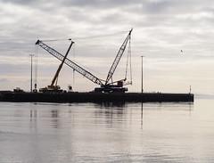 Setting up. (HivizPhotography) Tags: osprey ltd liebherr lg1550 lattice boom crane heavy lifting lift oil hire plant machine harbour wick scotland uk