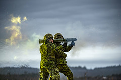 Weapons Training (www.combatcamera.forces.gc.ca) Tags: arméedeterre army dayjour exteriorextérieur horizontal maleshommes militaires militaries militaryterms termesmilitaires trainingformations weaponsarmes oromocto newbrunswick canada ca
