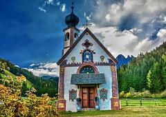 San Giovanni in Ranui (giannipiras555) Tags: chiesa dolomiti trentino altoadige montagna odle alberi cielo nuvole autunno panorama paesaggio landscape