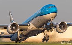 KLM B777 (Ramon Kok) Tags: 777 777300er 77w ams avgeek avporn aircraft airline airlines airplane airport airways amsterdam amsterdamairportschiphol aviation blue boeing boeing777 boeing777300er eham holland kl klm koninklijkeluchtvaartmaatschappij phbvr royaldutchairlines schiphol schipholairport thenetherlands