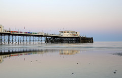 2018_05_06_0207 (EJ Bergin) Tags: sussex westsussex landscape worthing sunset beach sea seaside worthingpier seafront reflection