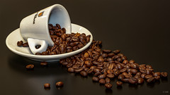 Coffee beans (markus_mk85) Tags: coffee beans kaffee bohnen tasse cup