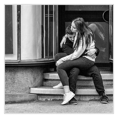 Little desperation (sdc_foto) Tags: sdcfoto street streetphotography bw blackandwhite canon lovers young view despair people girl boy austria graz