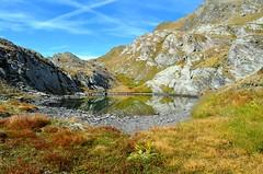 Lago Scuro , 2451 m (dino_x) Tags: panorama landscape mountains alpi alps switzerland lago lake water acqua montagna allaperto nature riflessi reflections paesaggio roccia neve ghiaccio autumn autunno
