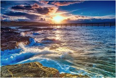 Before Moonrise .. (e0nn) Tags: hdpentaxdfa2470mmf28edsdmwr steveselbyphotography steev steveselby pentax pentaxk1 ricoh aurorahdr luminar2018 sunset water waves sea ocean basspoint gravelloader shellharbour