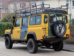 H337 KPA (Nivek.Old.Gold) Tags: 1991 land rover defender 110 tdi station wagon 2495cc