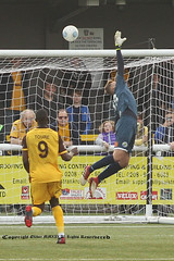 SUT_5220 (ollieGWK) Tags: sports football soccer sutton united v vs havent waterlooville league