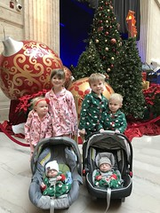 """All the Grandkids in Union Station • <a style=""""font-size:0.8em;"""" href=""""http://www.flickr.com/photos/109120354@N07/44623453920/"""" target=""""_blank"""">View on Flickr</a>"""