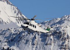IMG_4300 (Tipps38) Tags: hélicoptère aviation photographie montagne alpes avion courchevel neige helicopter 2019 planespotting