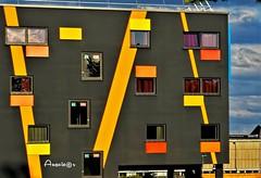 A modern building (Anavicor) Tags: line color yellow amarillo mostaza grey gris hotel hotelcomfort colmar alsace france francia building bâtiment edificio moderno arquitectura architecture nikon d5300 tamron anavicor anavillar villarcorreroana