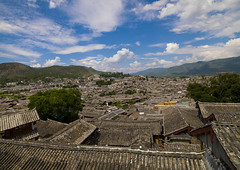 Roof Tops Of Old Town, Lijiang, Yunnan Province, China (Eric Lafforgue) Tags: a0007649 architecture asia buildingexterior builtstructure china chineseculture city colorpicture copyspace day dayantown elevatedview highangleview history horizontal idyllic lijiang mansion nature nopeople oldtown outdoor outdoors roof rooftops series shangrilacounty town traditionalculture traditionallychinese tranquility travel unescoworldheritagesite yunnan yunnanprovince
