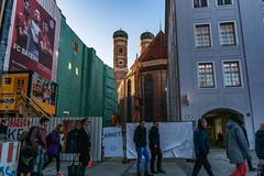 München_Wahrzeichen_SAM_2911 (milanpaul) Tags: 2019 alt architektur bayern deutschland februar frauenkirche germany historisch kirche münchen winter