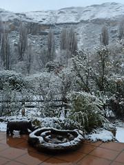 Clarens Snow, SA (ClarensTourismForum) Tags: landscape petfriendly explore clarensaccommodation countrycottage scenery clarensscenery snowinclarens snow cottage hikesinclarens southafrica hikingtrails holiday clarens accommodation selfcatering freestate za