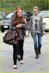 Miley Cyrus (hayleyher15) Tags: mileycyrus exclusive tolucalake california singer popstar musician actress billyraycyrus tishcyrus noahcyrus dad mom sister coffeebean coffee ca usa