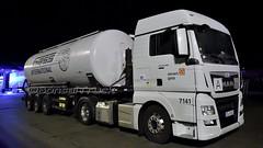 D - sievert Gass >7141< MAN TGX 18.440 XLX (BonsaiTruck) Tags: sht sievert gass 7141 man tgx nacht night nuit spitzer lastwgane lkw lastzug silozug truck trucks lorry lorries camion caminhoes silo bulk citerne powdertank
