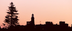 El faro de la punta (Miradortigre) Tags: faro lighthouse silueta silohuette uruguay uruguai puntadeleste sunset atardecer sol pordosol tramonto luz light luce