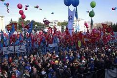 _IMG0475a (i'gore) Tags: roma cgil cisl uil futuroallavoro sindacato lavoro pace giustizia immigrazione solidarietà diritti