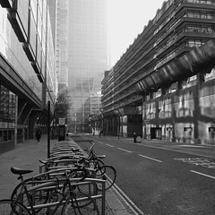 (a.pierre4840) Tags: panasonic lumix gm1 14mm f25 11 squareformat bw blackandwhite monochrome noiretblanc architecture streetphotography london england cityscape urban