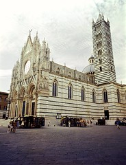 Siena - Duomo (Fuji Pro 160 VC) (tjshot) Tags: fuji fujifilm ga645wi mediumformat 645 rangefinder film negative emulsion analog vintage stile mood tones colors develop self home scanning scan stitch kodak 160vc 220 tuscany siena duomo cathedral italy tourists visit historical middleages palio traditional expired c41 kit