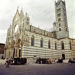 Siena - Duomo (Fuji Pro 160 VC) thumbnail