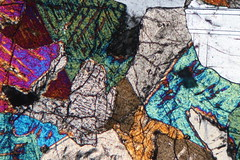 Gabbro saison 2 (b.dussard25) Tags: microphotographie abstract abstrait macro canon mineral art