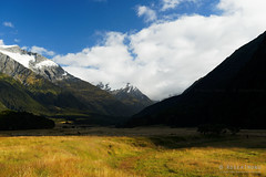 20190207-05-Back up West Matukituki Valley (Roger T Wong) Tags: 2019 nz newzealand rogertwong sel24105g sony24105 sonya7iii sonyalpha7iii sonyfe24105mmf4goss sonyilce7m3 southisland westmatukitukivalley bushwalk hike landscape outdoors tramp trek valley walk