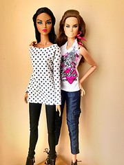 Style notes Isha and Luxe life Style lab Alysa (*CosmicBlonde*) Tags: industry toys integrity barbie doll 16 royalty fashion lab alyssa alysa life luxe convention isha notes style face nu