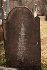 KMP_5435 (K_Marsh) Tags: littlebritaincemetery rocktavernny ocny orangecounty hudsonvalley oldcemetery historiccemetery cemetery deathhead deathheads grave headstone tombstone