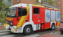 Bomberos Madrid (emergenciases) Tags: emergencias españa 112 vehículo madrid puentedevallecas explosiónvallecas bomberos bomberosmadrid bomberosayuntamientodemadrid bo81 bup bombaurbanapesada mercedes mercedesbenz atego 3000litros rosenbauer