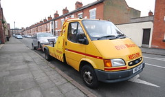 (Sam Tait) Tags: ford transit van recovery truck old mk3 classic retro diesel leicester chrysler pt cruiser silver scrap collection collector bvs motors 190 lwb 1995 yellow