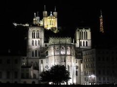 Cathedral and Basilique Notre-Dame de Fourvière lit at night, Lyon, France (Paul McClure DC) Tags: lyon france july2017 auvergnerhônealpes historic architecture night vieuxlyon fourvière cathedral church