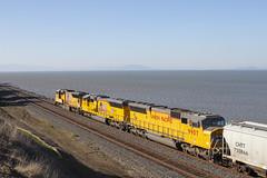 MRVOA Going Away (imartin92) Tags: pinole california unionpacific railroad railway freight train emd sd70m sd59mx sd60m locomotive
