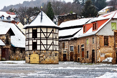 Domänenhof (r.wacknitz) Tags: blankenburg domäne sachsenanhalt harz fachwerk halftimbered snow wintermood luminar18