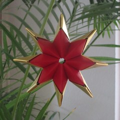 Sonobe Star - Twister Variation (pia miller) Tags: origami sonobe paperart star