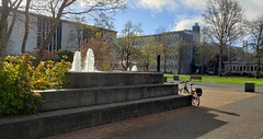 University of Victoria fountain (Bill 3 Million views) Tags: bicycle ride norco norcoxfrhybrid fountain universityofvictoria uvic note9 galaxy galaxynote9