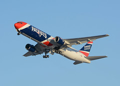 New England Patriots Boeing 767 N36NE (RivetsnFeathers) Tags: airliner airplane aircraft plane jet aviation airport msp