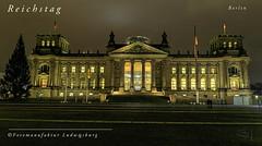 Reichstag Berlin (Fotomanufaktur.lb) Tags: deutscher bundestag berlin reichstag schölkopf schoelkopf canon nacht christmas weihnachten