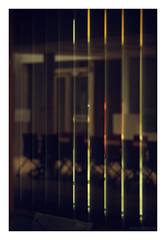 INRIA Saclay : zone à accès réservé (hugonoulin) Tags: science innovation recherche universitéparissaclay laboratoire parissaclay chaise flou reflet palaiseau parallèle informatique stores table lumière fenêtre clairobscur abstrait openspace sallederéunion lignes