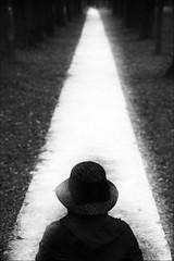 F_MG_6312-BW-Canon 6DII-Tamron 28-300mm-May Lee 廖藹淳 (May-margy) Tags: maymargy bw 黑白 人像 逆光 背影 剪影 人行道 草帽 路樹 三角形 幾何構圖 點人 重複曝光 模糊 散景 台灣攝影師 南投縣 台灣 中華民國 街拍 線條造型與光影 天馬行空鏡頭的異想世界 心象意象與影像 fmg6312bw portrait viewfromback backlighting silhouette doubleexposure sidewalk pavement 地坪 trees humaningeometry triangle humanelement taiwanphotographer blur bokeh nantoucounty taiwan repofchina canon6dii tamron28300mm maylee廖藹淳