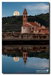 Tramonto lunare con riflesso (danilodld) Tags: luna riflessi chiesa civezza acqua plenilunio big moon liguria imperia lungheesposizioni san marco