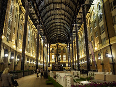 Hay's Galleria, London [1545] (my.travels) Tags: galleria shopping mall london england interior unitedkingdom greatbritain travel olympus penf building architecture gb
