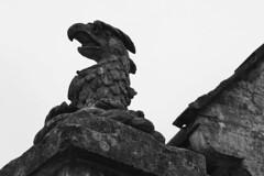 DSC09103 (olliethewino) Tags: blackandwhite sculpture stourhead
