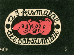 hungarian matchbox label (maraid) Tags: hungarian matchbox label hungary packaging pigs animal budapestbábszínház theatre budapestpuppettheatre