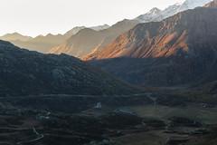 Luce al passo (cesco.pb) Tags: simplonpass passodelsempione switzerland svizzera alps alpi canon canoneos60d tamronsp1750mmf28xrdiiivcld alba dawn sunrise montagna mountains