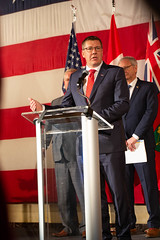 Premier/premier ministre Moe speaks to the media/ s'addresse aux médias at the U.S. Chamber of Commerce/à la Chambre de commerce des É-U